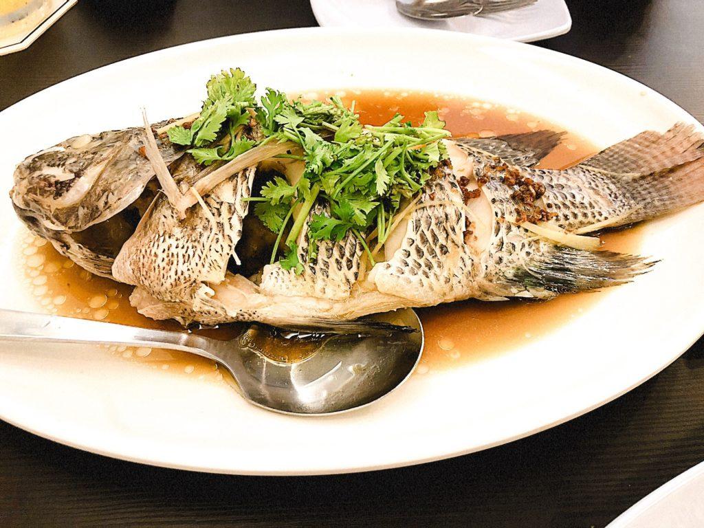 Theatre Streetの煮魚