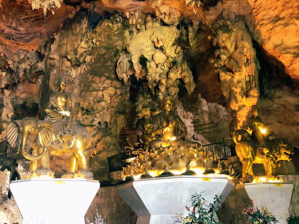 ケロットンの仏像
